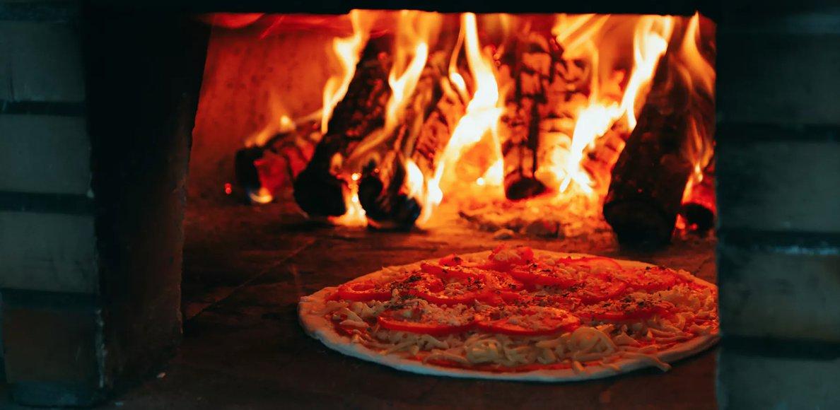 Image Quelles sauces piquantes pour pizzas ?